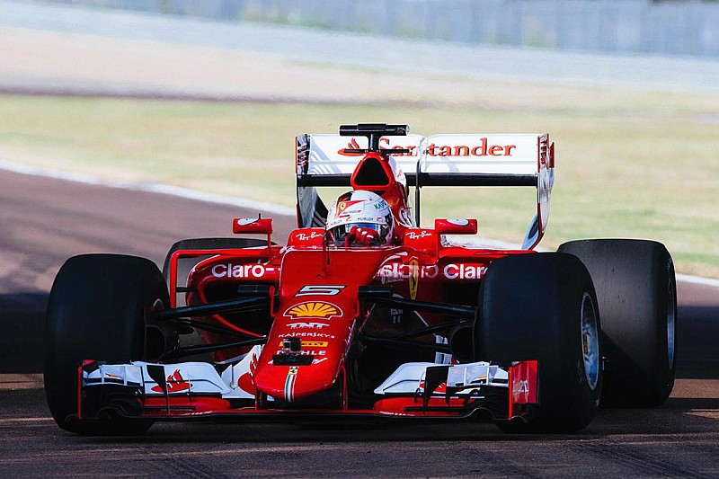 Pirelli оприлюднила фото перших тестів широких шин на Ferrari