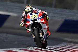 MotoGP Reporte de calificación Iannone le arrebata la pole a Rossi en Austria
