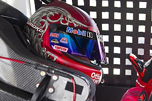 NASCAR Cup Preview Tony Stewart trying to get back the helmet he chucked at Matt Kenseth