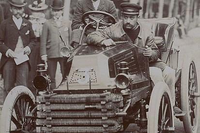 Los Juegos Olímpicos que sí tuvieron carreras de coches y motos