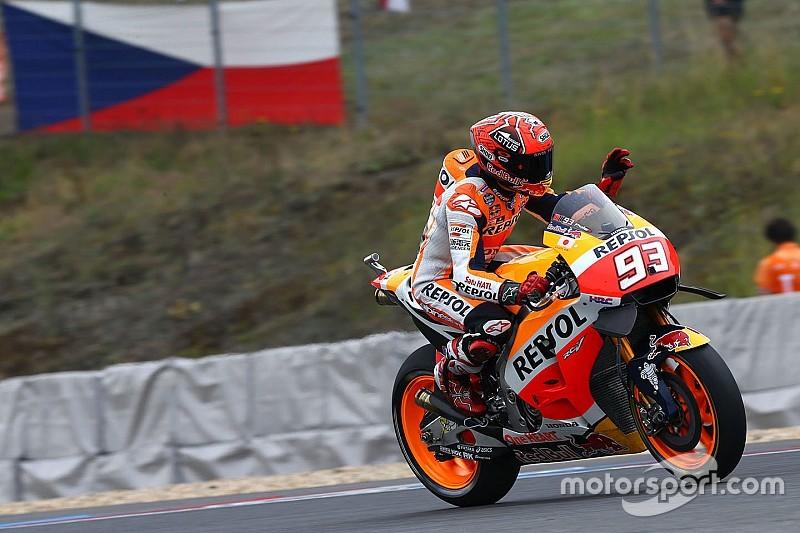 Marquez klopt Lorenzo in strijd voor de pole in Tsjechië