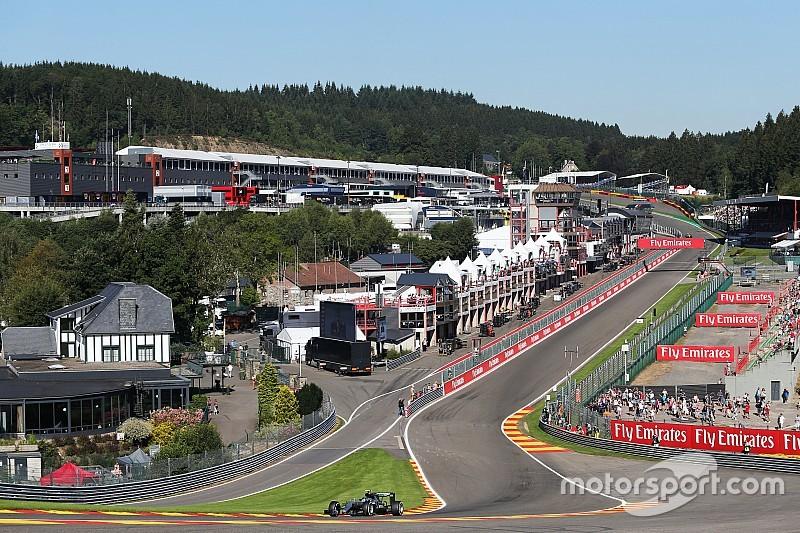 Rosberg snelste in eerste training Spa, Verstappen opent met zevende tijd