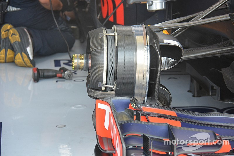 Tech update: Brake duct lay-outs van Red Bull, Ferrari en Sauber