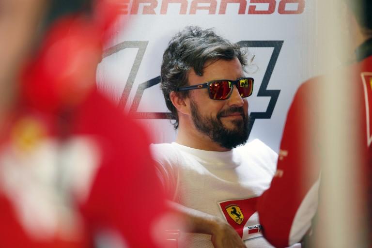 Alonso újra Olaszországban: ferraris étteremben étkezett