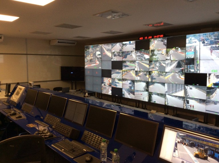 Baku is kapott pár F1-es monitort: lesz mit figyelni...