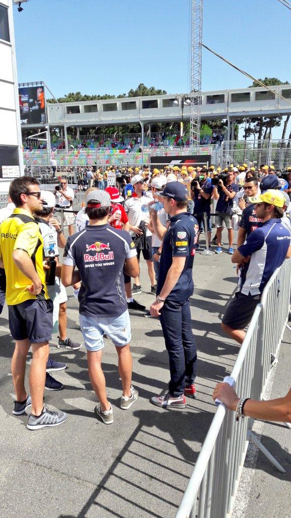 Vasárnap is alig vannak nézők Bakuban az F1-es hétvégén