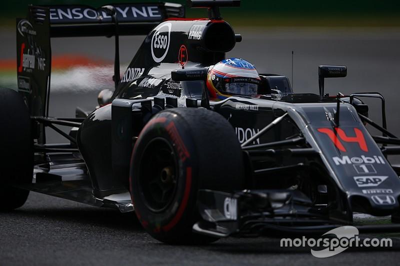 """Alonso: """"Carlos y yo deberíamos estar en los puntos en Singapur"""""""
