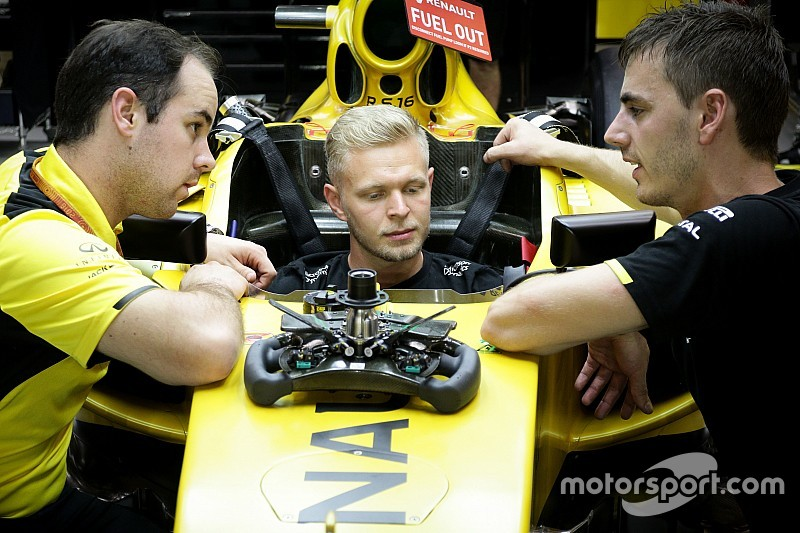 Магнуссен отрицает, что ставил Renault ультиматум
