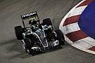 GP Singapura: Rosberg terdepan, Verstappen hindari kadal di FP3