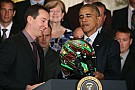 Kyle Busch es recibido por Obama en la Casa Blanca