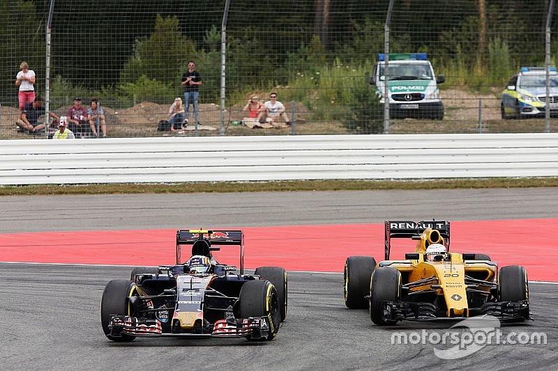 """Сайнс """"не расстроен"""" тем, что его не отпустили в Renault"""