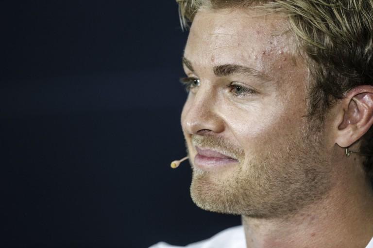 Rosberg szerint ma Hamilton egyszerűen túl gyors volt, de holnap legyőzné
