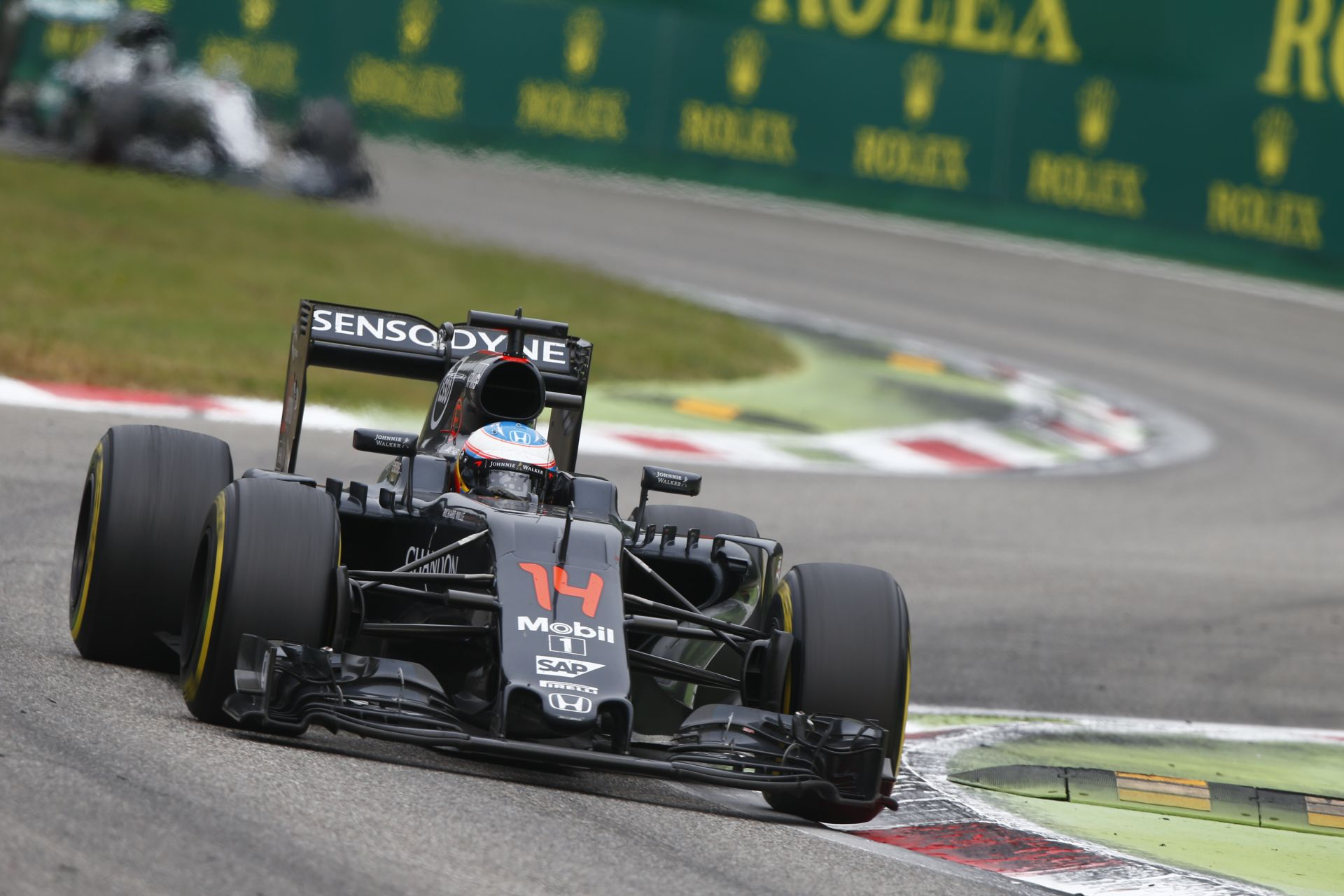 Videón az Olasz Nagydíj leggyorsabb köre: Alonso és a McLaren