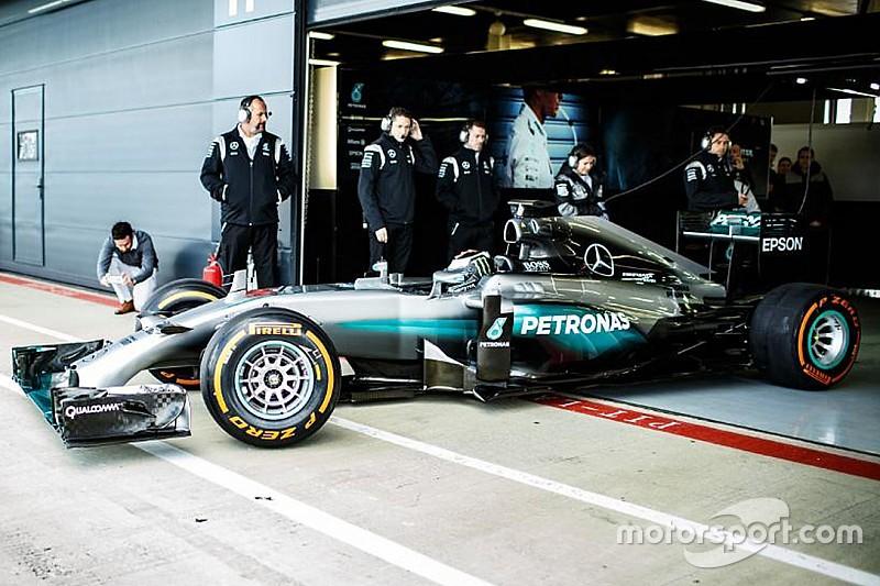 """Lorenzo sul test Mercedes: """"Pensavo fosse più difficile andar forte subito"""""""