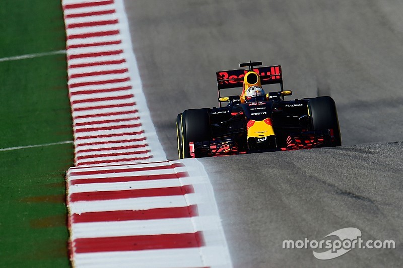 """""""タイヤ選択を分ける戦略""""、フェルスタッペンとリカルドは事前に承諾していた"""