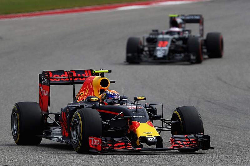 Red Bull Racing trekt brandstofleverancier McLaren aan