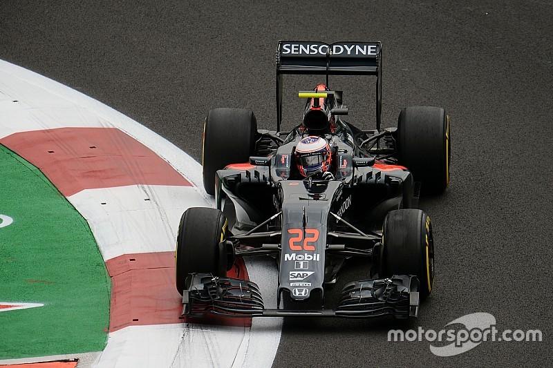 Баттон недоволен составами, которые Pirelli привезла в Мехико