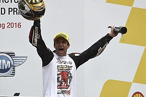 Moto2 Race report Johann Zarco juara dunia Moto2 2016
