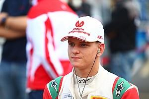 Formel 4 News Titelgewinn verpasst: Mick Schumacher wird 2. in italienischer Formel 4