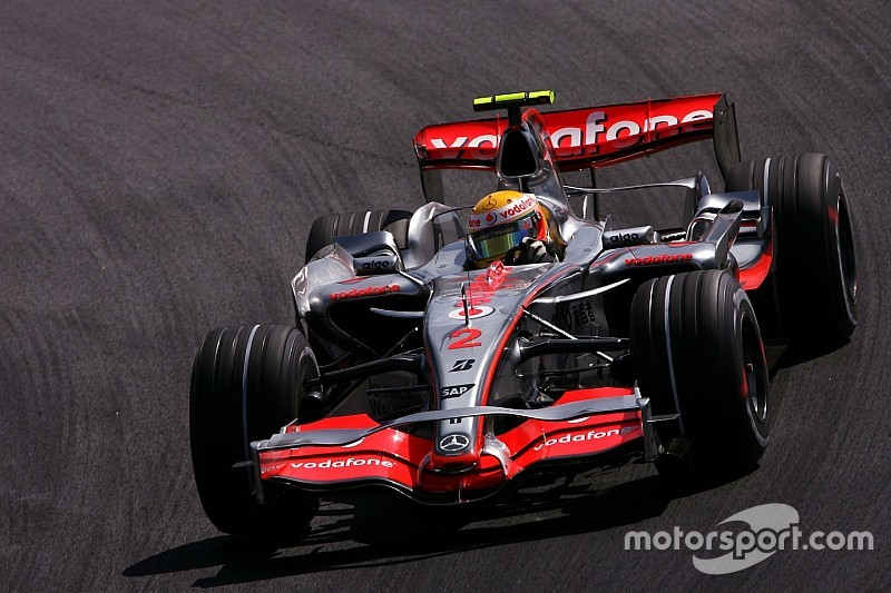 Hamilton: 2007 defeat shows I must fight on