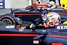 Ricciardo y Verstappen han 'elevado el listón' en Red Bull