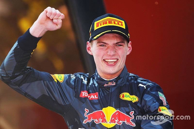 """Mateschitz: """"Verstappen heeft de potentie om de nieuwe Senna te worden"""""""