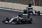 Mercedes no cambia su enfoque