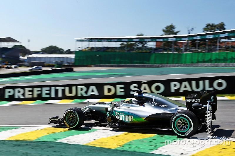 GP Brasil: Unggul tipis dari Verstappen, Hamilton pimpin sesi pembuka di Interlagos