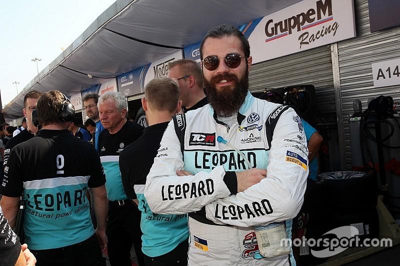 Чемпион TCR определился в хаотичной гонке в Макао