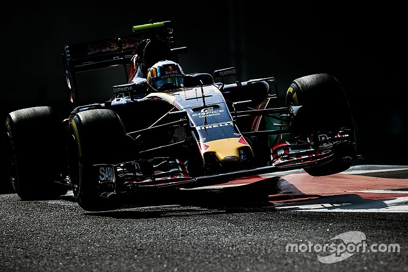 "Sainz, a divertirse pese al ""peor fin de semana de la temporada"""