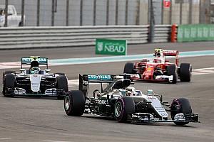 Fórmula 1 Relato da corrida Hamilton vence, mas não impede título de Rosberg