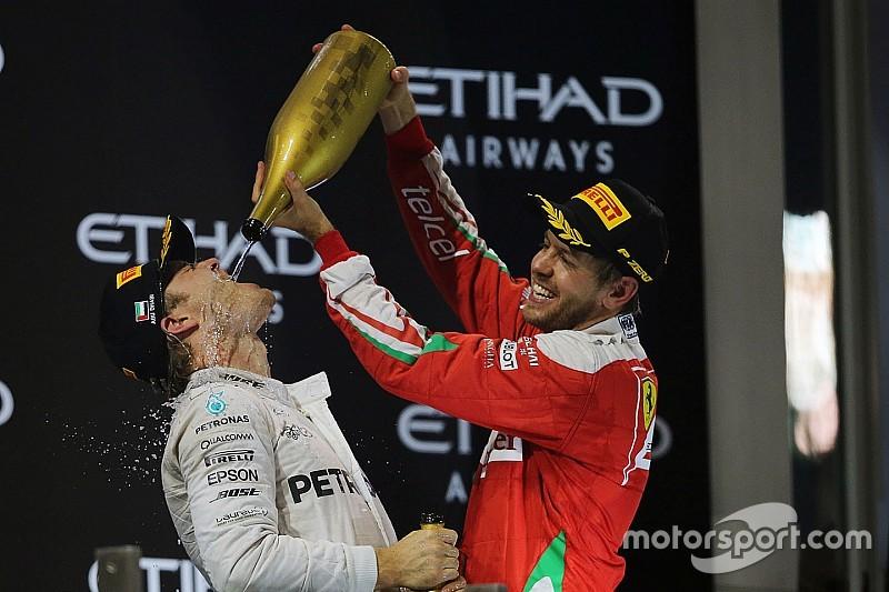"Sebastian Vettel wünscht Nico Rosberg ""schönen Urlaub"""