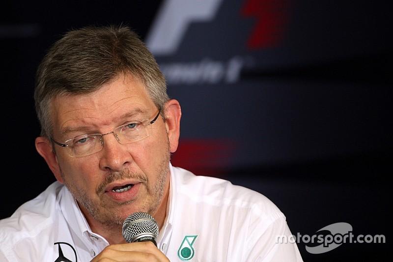 """Brawn: """"Mercedes segue forte no próximo ano"""""""
