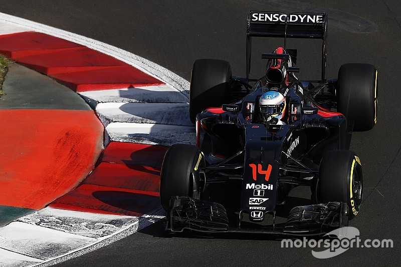 """Ramirez lamenta situação da McLaren: """"estão se destruindo"""""""