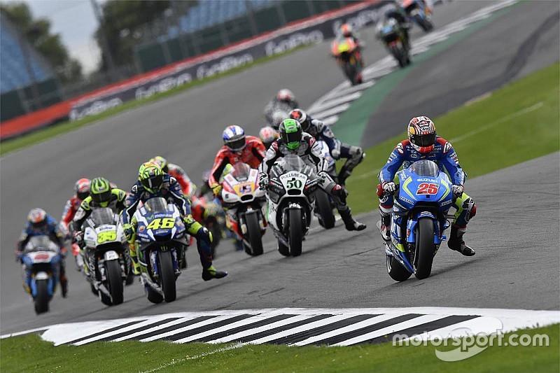 Por MotoGP em Silverstone, Warwick 'seca' Circuito de Gales