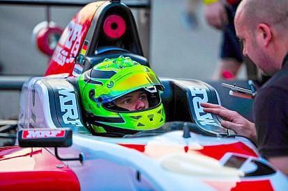 Buddh MRF: Schumacher zaferle başladı
