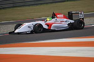 Indian Open Wheel Relato da corrida Mick Schumacher vence duas vezes na Índia