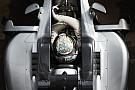 Vídeo: Mercedes liga motor de 2017 pela primeira vez