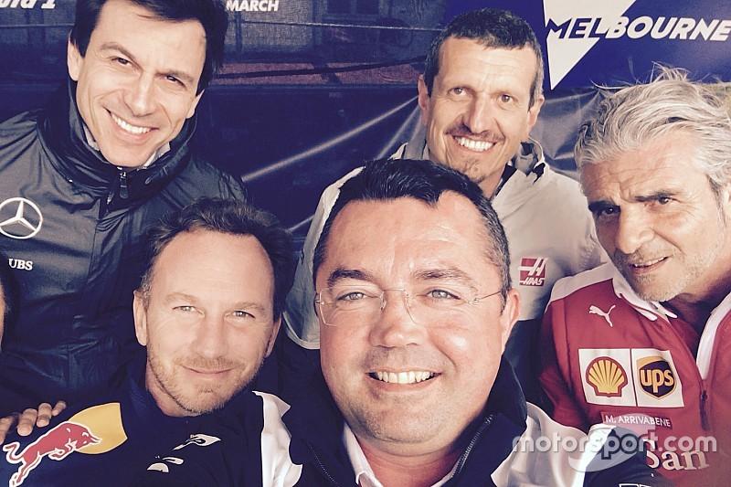 Les stars de la F1 font des selfies pour la bonne cause