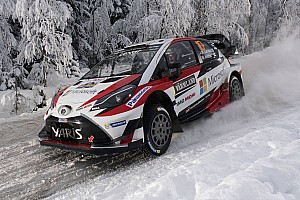 WRC Tappa Svezia, PS15: Neuville sbatte e va K.O! Latvala vola in vetta