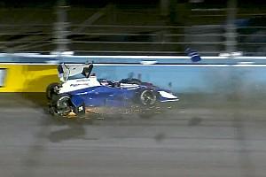 IndyCar Отчет о тестах Четверо гонщиков разбили машины на тестах IndyCar в Финиксе