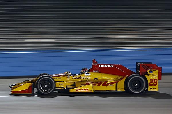 Hunter-Reay svetta nei test di Phoenix tra numerosi incidenti