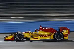 IndyCar Test Hunter-Reay svetta nei test di Phoenix tra numerosi incidenti