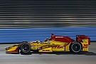 IndyCar Hunter-Reay svetta nei test di Phoenix tra numerosi incidenti
