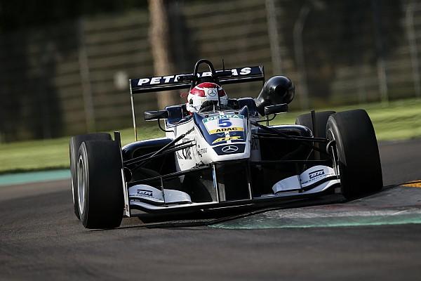 فورمولا 3 الأوروبيّة: بيكيه باقٍ مع فريق