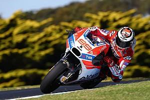 MotoGP Breaking news Ban belakang buat Lorenzo tak maksimal