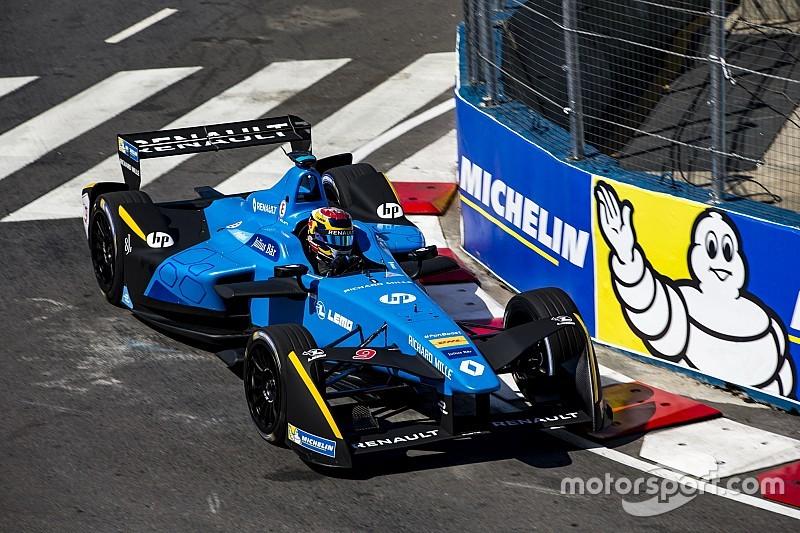Буэми в третий раз подряд выиграл в Формуле Е