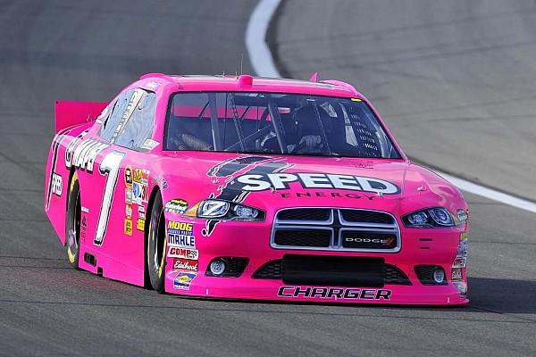 Formel 1 Fotostrecke Fotostrecke: Pinkfarbene Autos im Motorsport