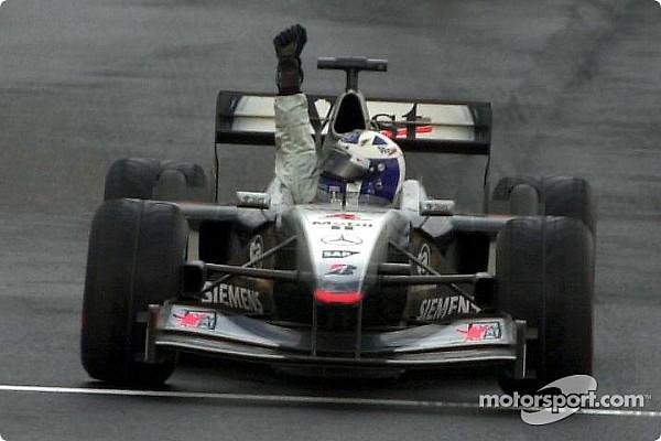 Forma-1 Ezen a napon: Schumacher szenved, Coulthard a vízen jár, Sauber a dobogón
