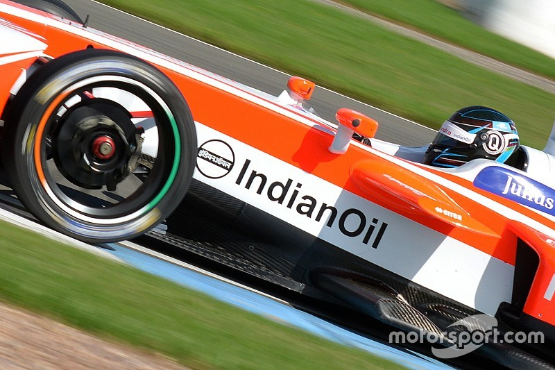 Formel E in Berlin: Designwettbewerb für Rennanzug von Nick Heidfeld